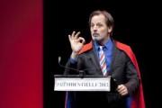 """Christophe Alévêque : """"Sarkozy est le Domenech du pouvoir"""""""