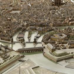 Strasbourg. Vue de la petite France depuis le sud-est, avec les ponts couverts