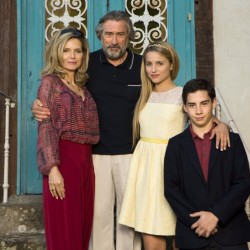 """Photo extraite du nouveau film de Luc Besson """"Malavita"""" avec Robert De Niro et Michelle Pfeiffer. Au cinéma le 23 octobre 2013."""